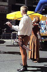 tanzgruppe-amadance-am-strassenfest-hernals-4